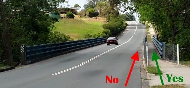 Running example when approaching a bridge