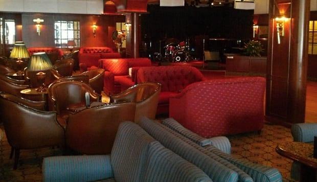 Jazz lounge bar on Sea Princess cruise ship